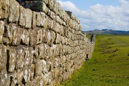 Um muro. Intransponível?!