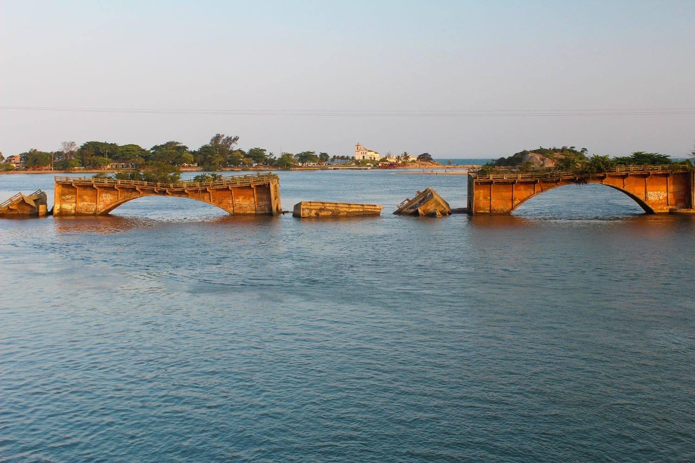 A Ponte para o Futuro é um trem superfaturado para o passado
