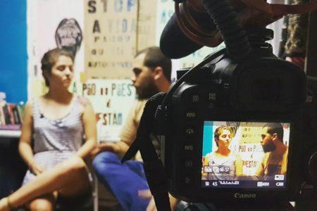 """Eu negava a política"" – Entrevistamos Camila Lanes"